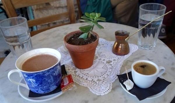 Κομμένος ο καφές με αύξηση φορολογίας 67-100%
